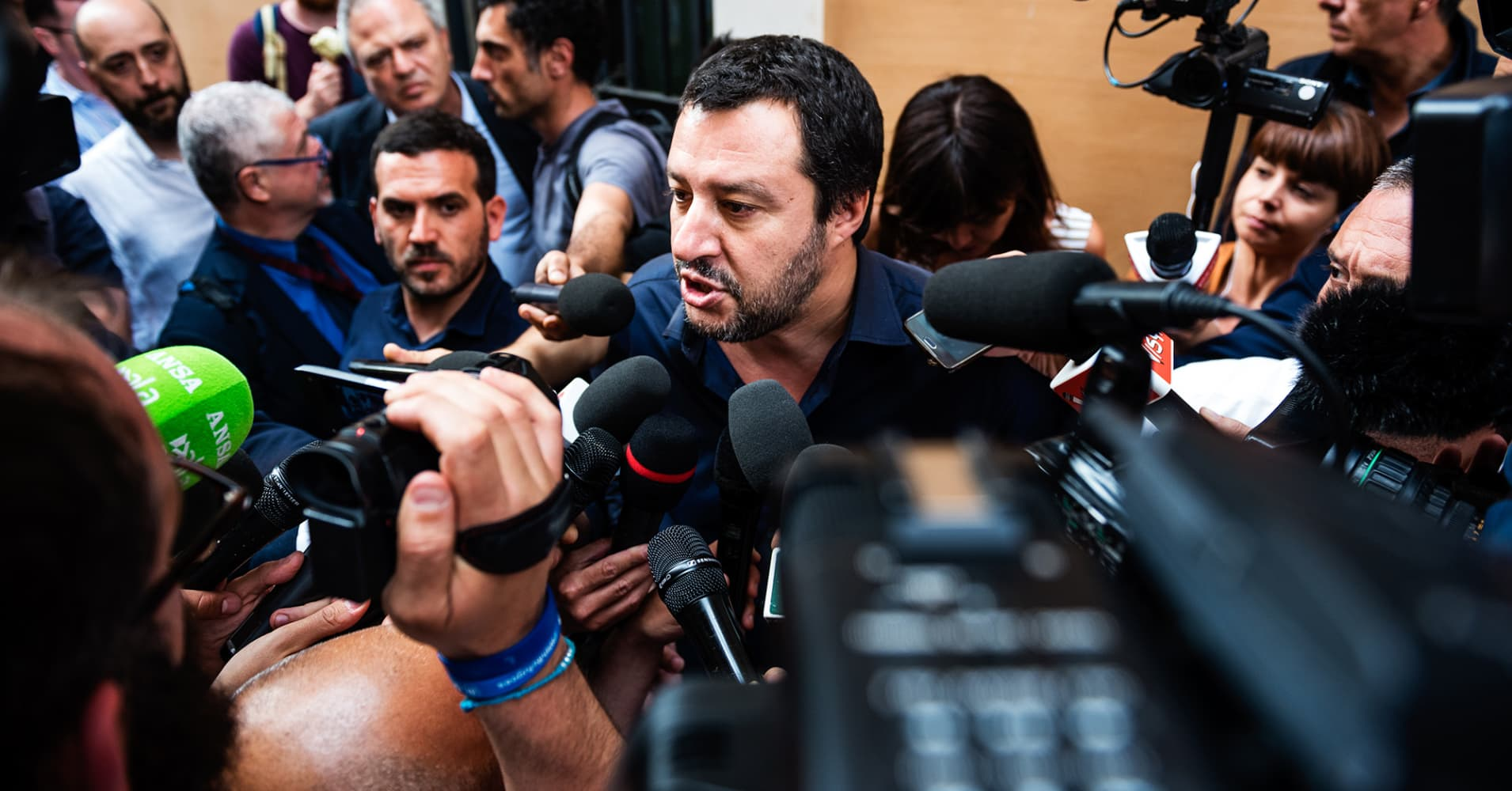 Lega leader's call for fresh election takes gloss off Italian recovery