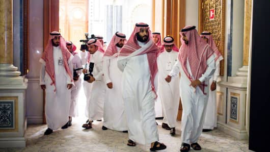 Crown Prince Mohammed bin Salman, center, at an investment event with his entourage in Riyadh, Saudi Arabia, Oct. 23, 2017.