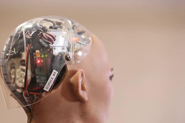 Mundo Digitalizado: El futuro en el que vivimos - Magazine cover