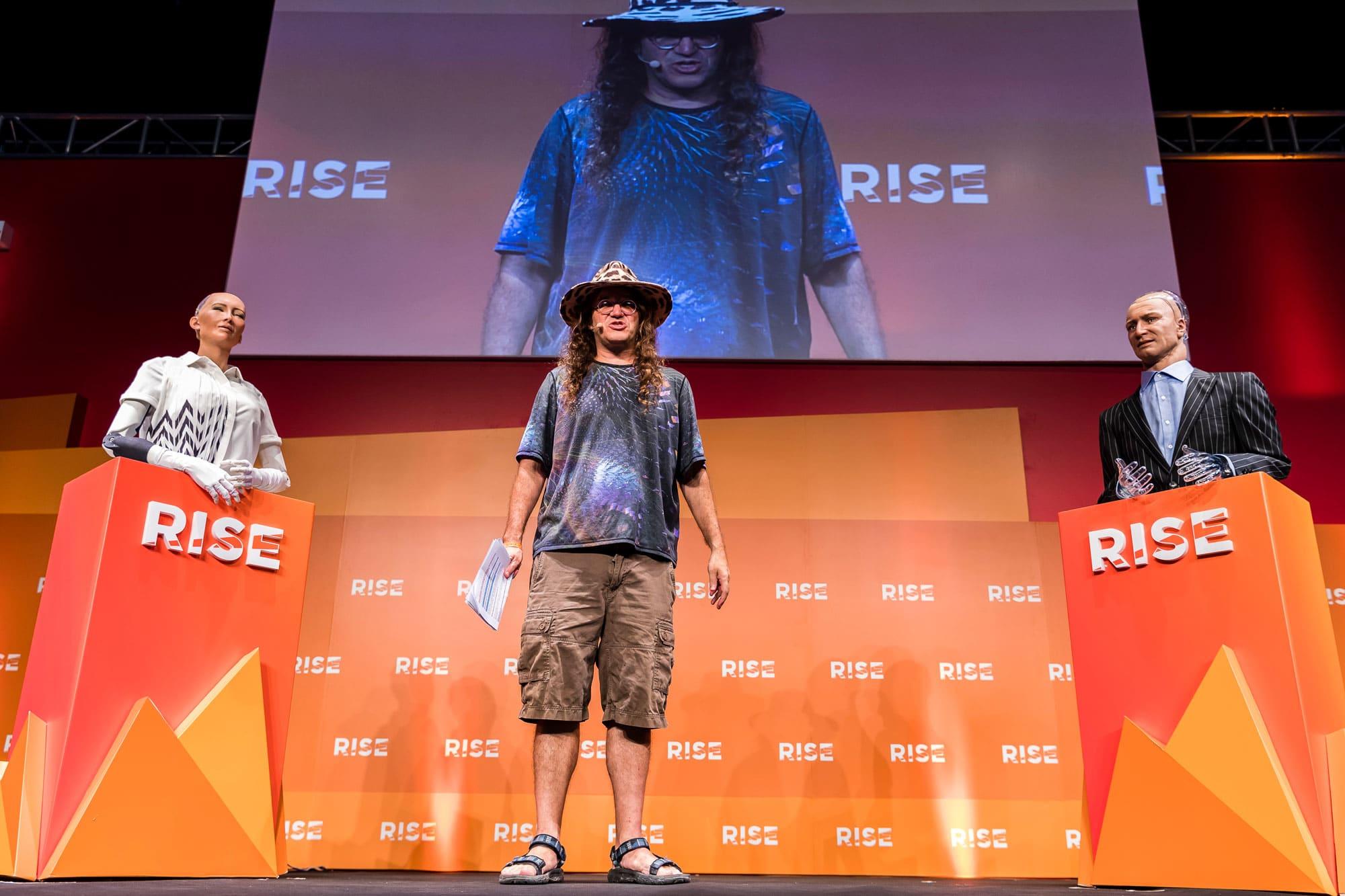 Kết quả hình ảnh cho robot Sophia hong kong RISE 2018