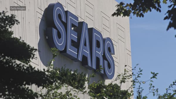 Sears names dozens of the 72 stores it plans to close in the near future