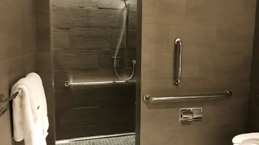 Shower facilities at the new United Airlines Polaris lounge at Newark International.