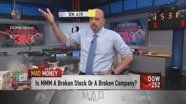 Cramer: We blew it on 3M, but it's too late to sell