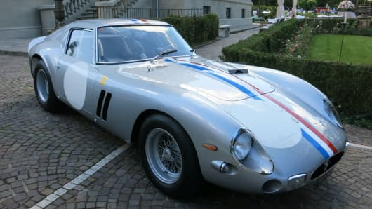 Most Expensive Cars Ever Sold >> This Ferrari just became the most expensive car ever sold