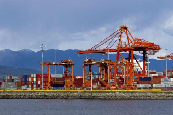 US tariffs on Canada, Mexico and EU take effect