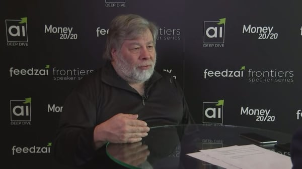 Apple's products are worth the price, co-founder Wozniak says