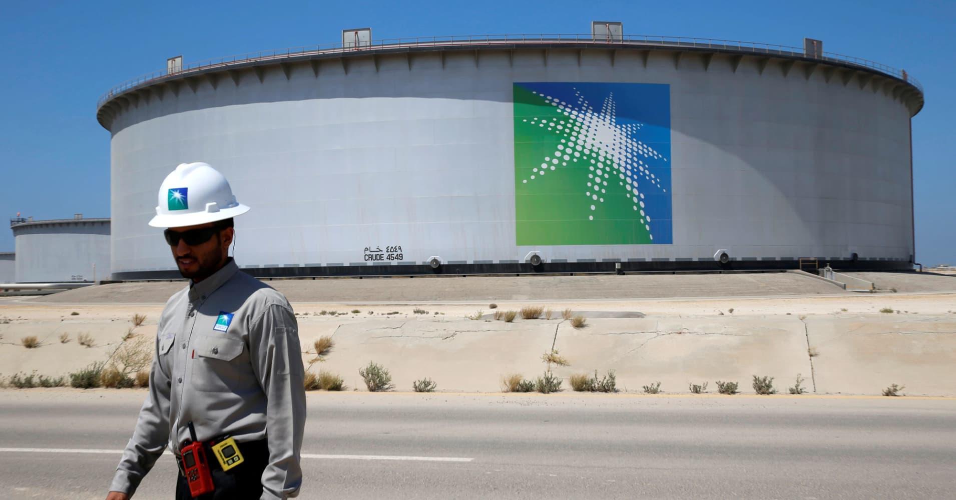 Brent crude steadies near $85 as Saudi raises oil output towards record