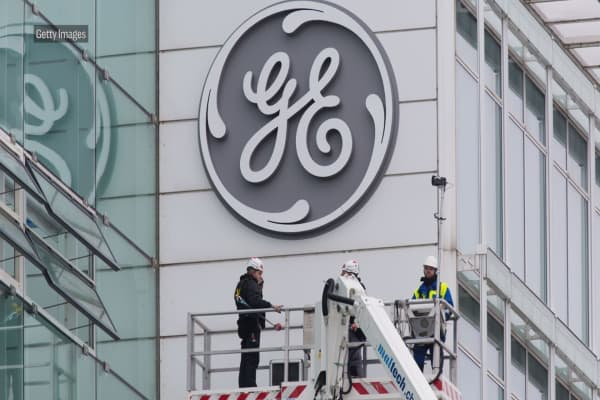 JP Morgan's 'bottom line' on GE: It needs to cut the dividend again