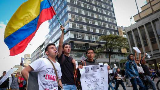 Young people marching against fraud in some formats of vote counting in the last presidential elections of Colombia on May 31, 2018.