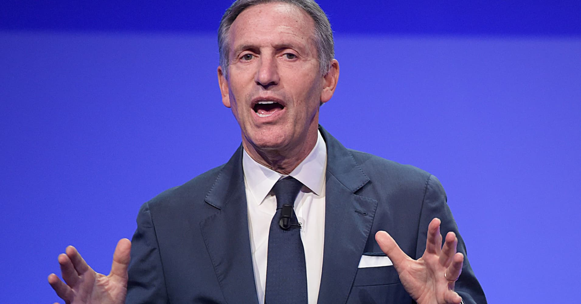 Howard Schultz could ditch both parties, US 'ripe for an independent candidacy': GOP strategist