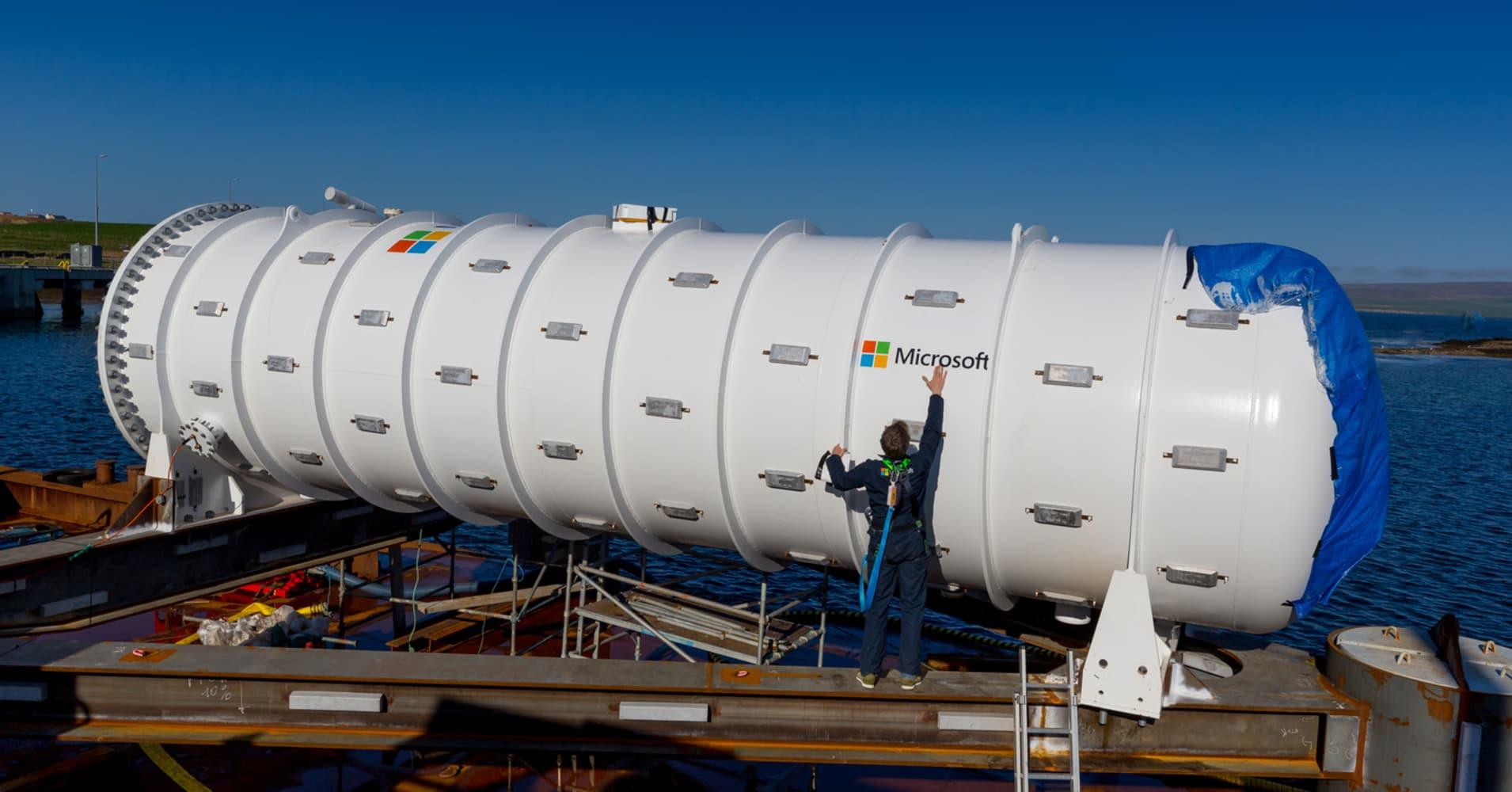 Microsoft deploys an underwater submarine-like data center to boost internet speeds