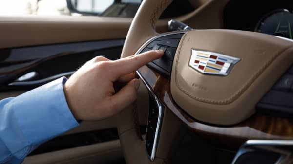 Hands-free driving technology for the highway through Super Cruise™ is a button push away on the 2018 Cadillac CT6 sedan.