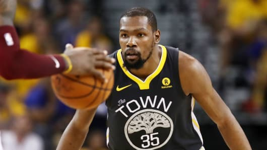 077e7413192a Apple buys a new TV show from NBA superstar Kevin Durant
