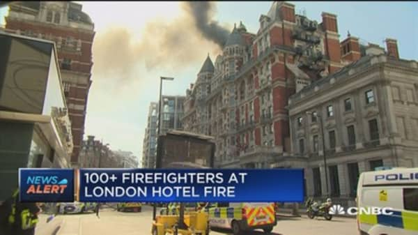 Over 100 firefighters responding to fire at Mandarin Oriental in London