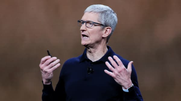 Apple Chief Executive Officer Tim Cook speaks at the Apple Worldwide Developer conference (WWDC) in San Jose, California, June 4, 2018.