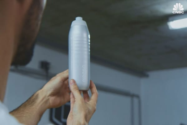 You can squeeze this titanium water bottle