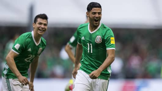 Carlos Vela (C) of Mexico celebrates a scored goal during the match between Mexico and United States as part of the FIFA 2018 World Cup Qualifiers.