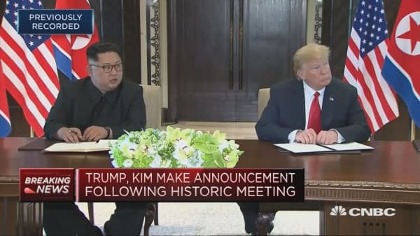 Trump and Kim sign a 'pretty comprehensive document'