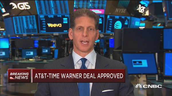 Moffett weighs in on AT&T-Time Warner merger