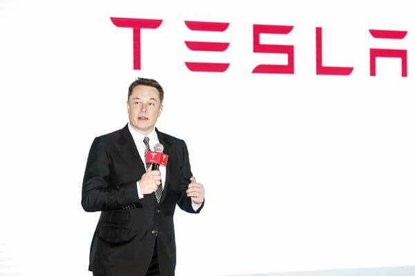 Elon Musk buys 72,500 shares of Tesla