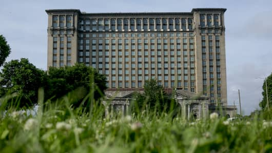 The Michigan Central Train Station stands vacant in the Corktown neighborhood of Detroit, Michigan, U.S., on Monday, June 12, 2018. Ford Motor Co. has purchased the 105 year old Michigan Central Station for redevelopment.