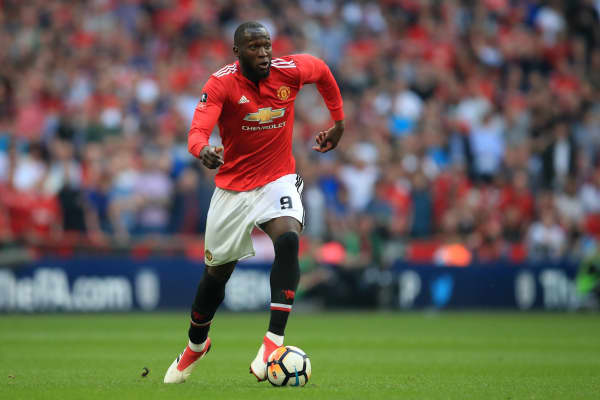 Romelu Lukaku plays for Manchester United