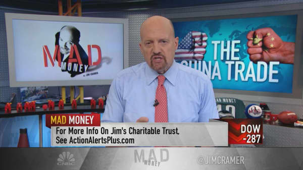 Cramer points to the trillion-dollar question about US-China trade: What about Apple?