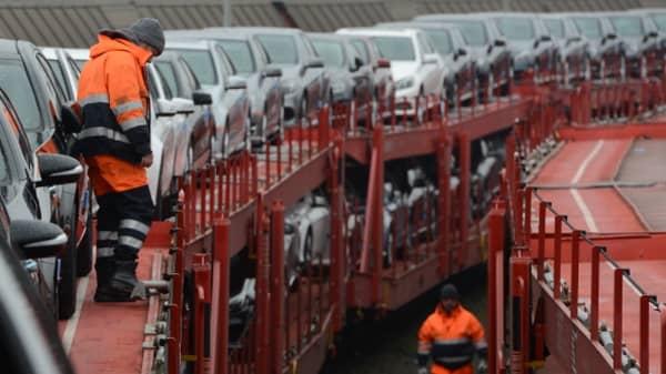 German automakers propose lifting EU auto import tariff, WSJ reports