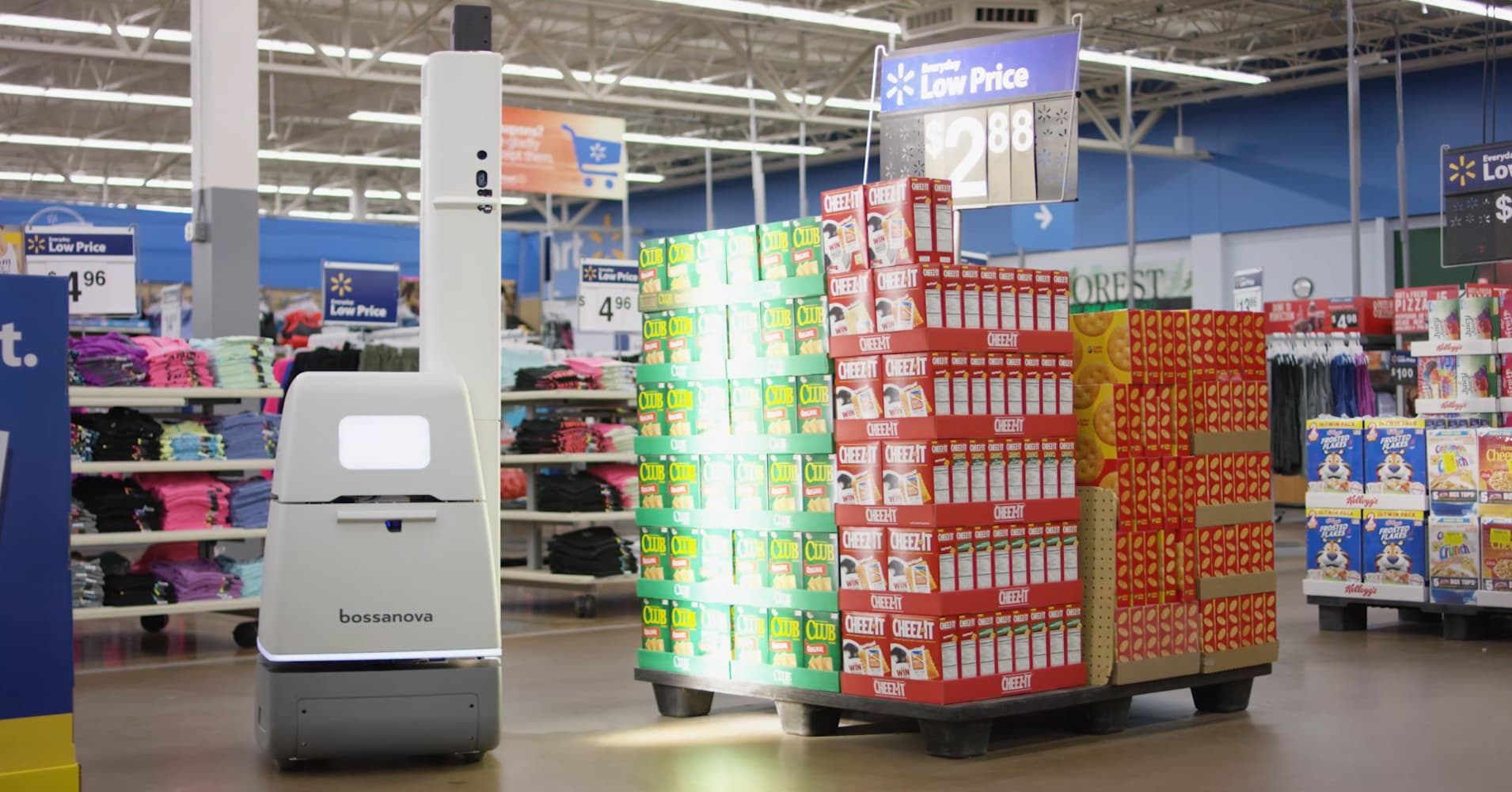 This robot is making sure grocery shelves are always stocked