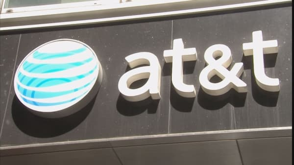 Att To Launch Wireless Plans Bundled With Video After Its Time