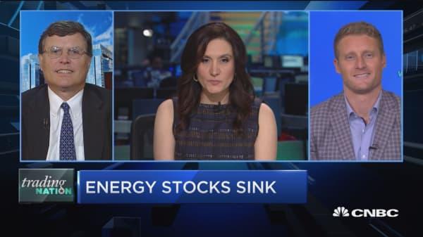 Trading Nation: Energy stocks sink