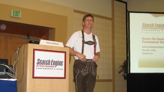 In 2006, Sullivan lost a bet and donned this festive outfit on stage at one of his conferences.