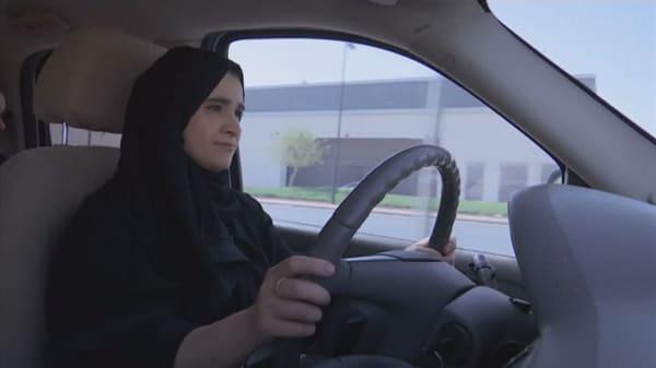 Women take the wheel in Saudi Arabia