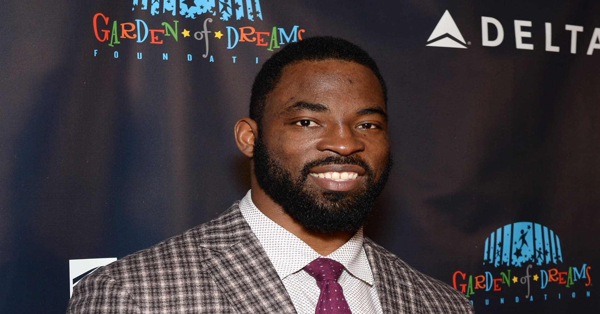 NEW YORK, NY - MARCH 28: Justin Tuck attends the 2017 Garden of Laughs at Madison Square Garden on March 28, 2017 in New York City.