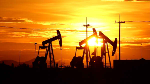 When it comes to crude, ignore short-term bumpiness. Oil is heading higher, expert says