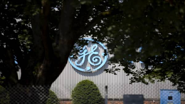 GE selling distributed power business