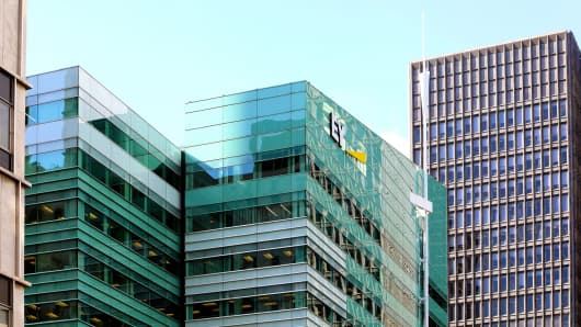 How to land a job at EY