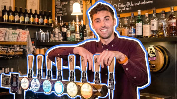British pubs are disappearing - here's why