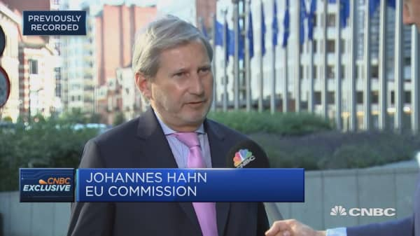 EU's Hahn: Leaders are looking for solutions