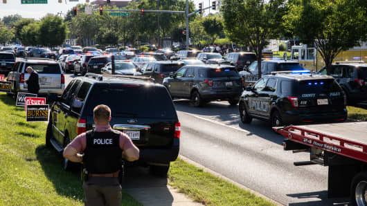 Police take security measures after multiple people have been fatally shot and wounded when a gunman opened fire at the Capital Gazette newsroom in Annapolis, Maryland, United States on June 28, 2018.