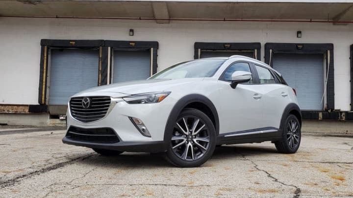 The Mazda Cx 3 Is Fun To Drive Comfortable And Arguably Best Looking Vehicle In Its Cl But You Probably Shouldn T One As Hatchback