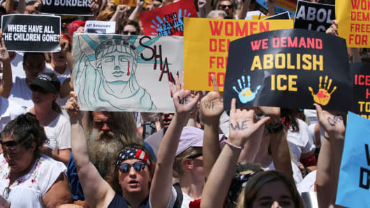 Hundreds of women march during a rally calling for an end to family detention and in opposition to the immigration policies of the Trump administration in Washington, June 28, 2018.