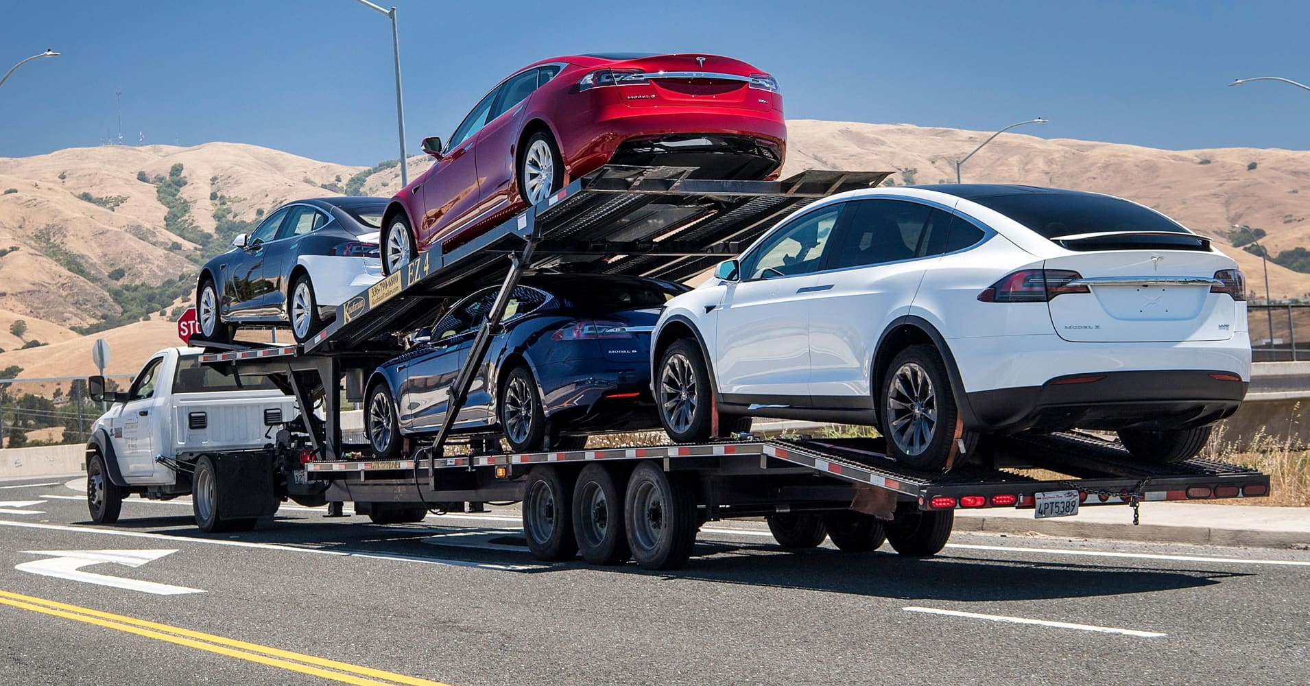 Tesla produced 7,400 Model 3s as the quarter kicks off, report says