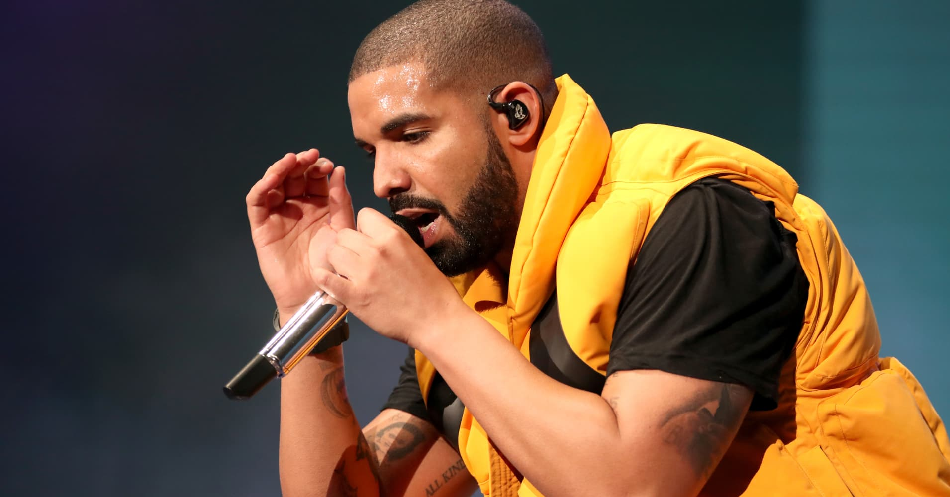 Sorry Drake, you can't hype your way into song of the summer