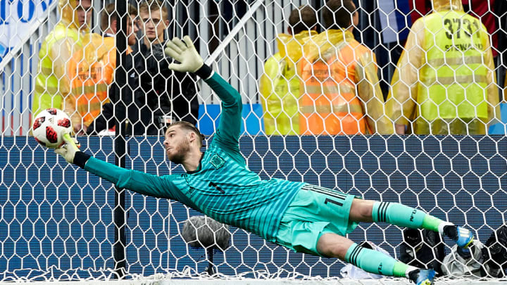 David De Gea of Spain fails to stop the penalty of Fedor Smolov of Russia during a penalty shootout as part of the 2018 FIFA World Cup Round of 16 match at Luzhniki Stadium on July 1, 2018 in Moscow.