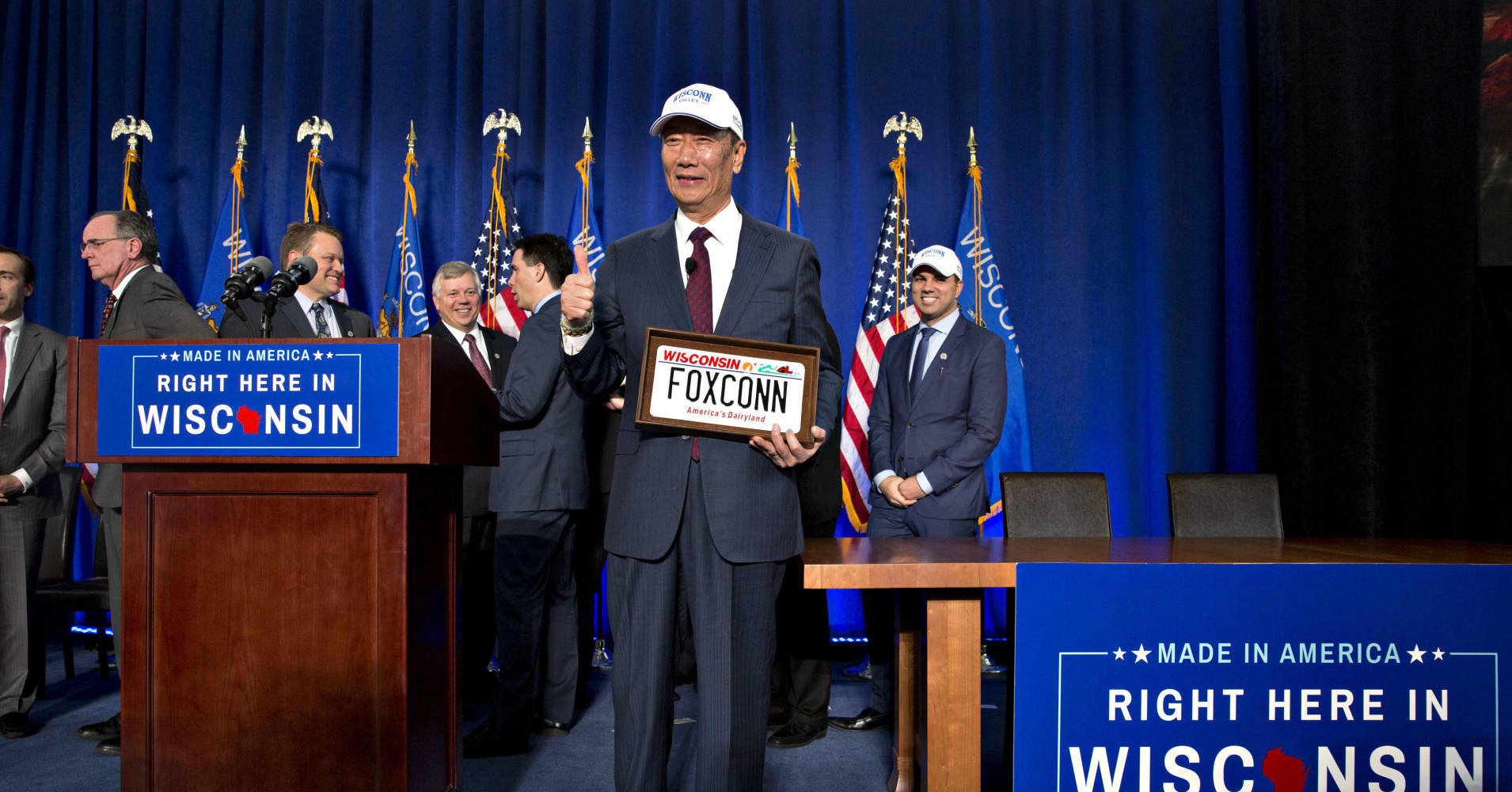 Foxconn and Wisconsin are renegotiating their massive factory deal, governor's letter reveals