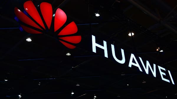Huawei fires back at proposed FCC rule
