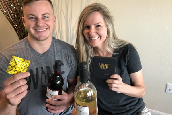 The mother-son duo of Laura Bartlett and Mitch Strahan founded Wine Condoms together after being inspired by a makeshift wine stopper made from plastic wrap and a rubber band.