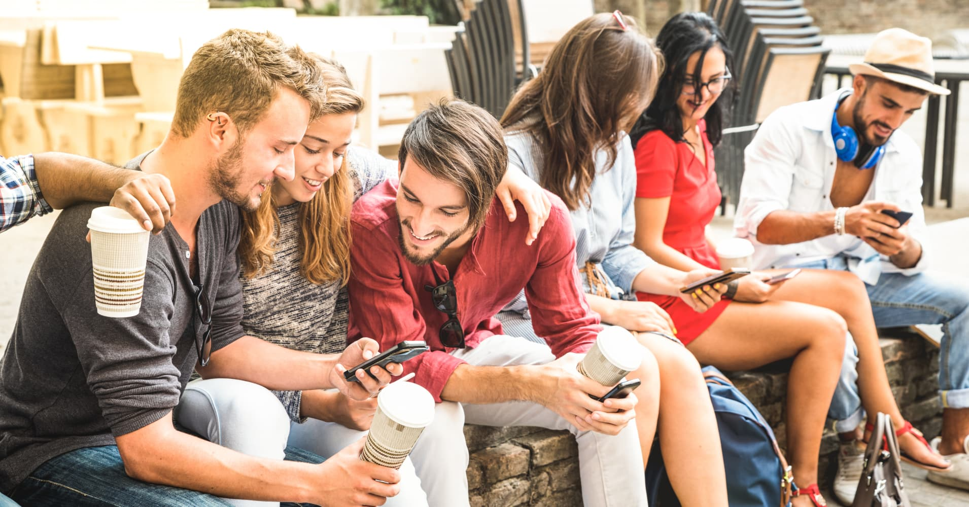 Young people addicted to their smartphones