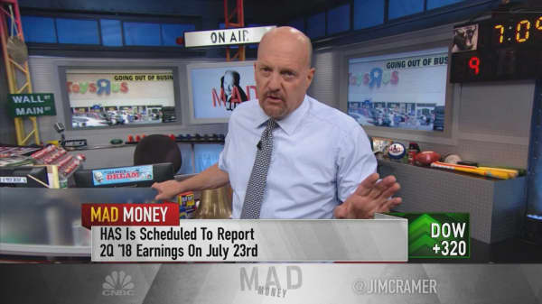 Cramer advises using Toys R Us pain to 'scale into Hasbro'